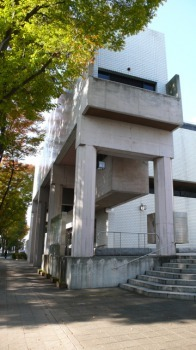 群馬県立図書館